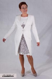 biały płaszcz do sukienki dla mamy wesela