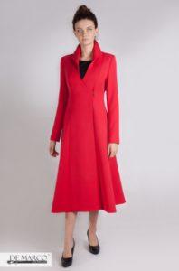 Czerwony płaszcz przejściowy do sukienki