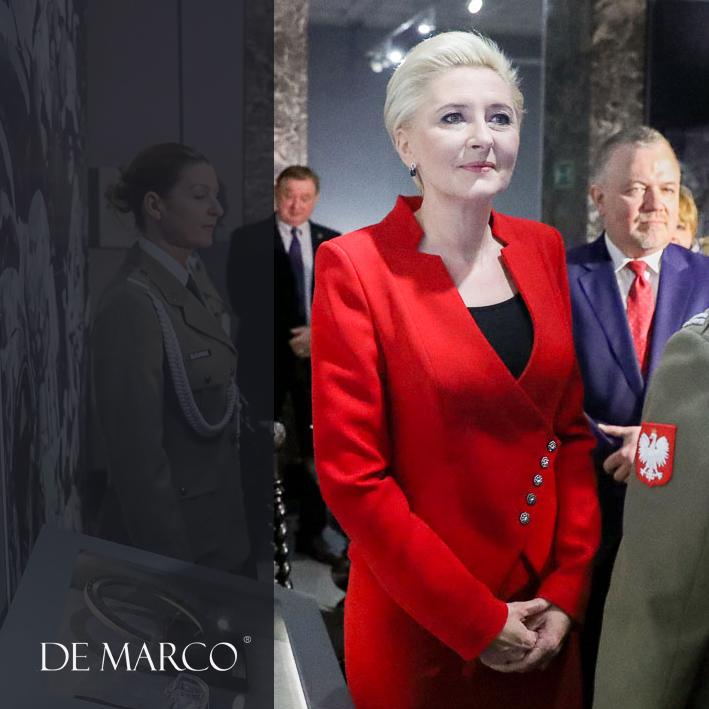 Czerwona garsonk Prezydentowej to ekskluzywny żakiet Miriam i spódnica ołówkowa.