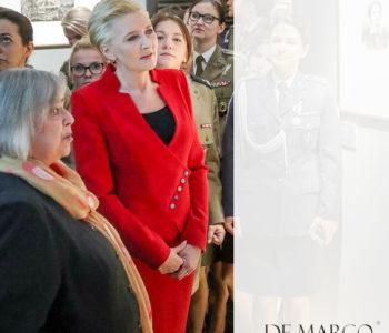Czerwony elegancki kostium Agaty Dydy. Gdzie ubiera się pierwsza Dama? 10 najlepszych stylizacji De Marco, które wybrała Prezydentowa.
