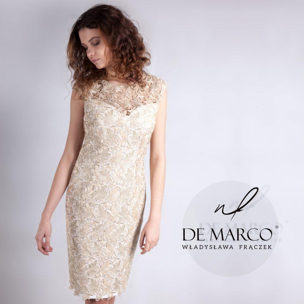 Złota koronkowa sukienka dla mamy wesela szyta na miarę. Sklep interetowy De Marco