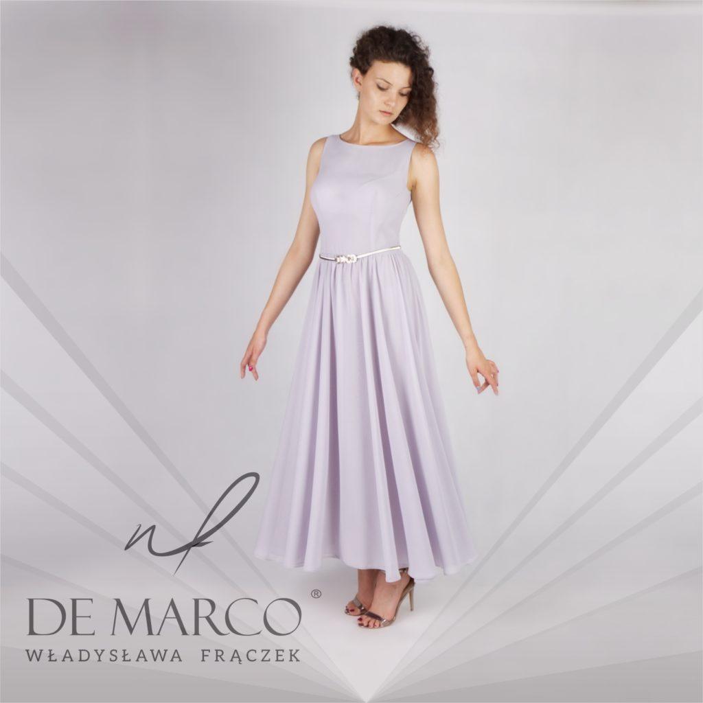 Szara długa suknia na wesele latem. Poszerzana zwiewna sukienka szyta na miarę w Sklepie internetowym De Marco.
