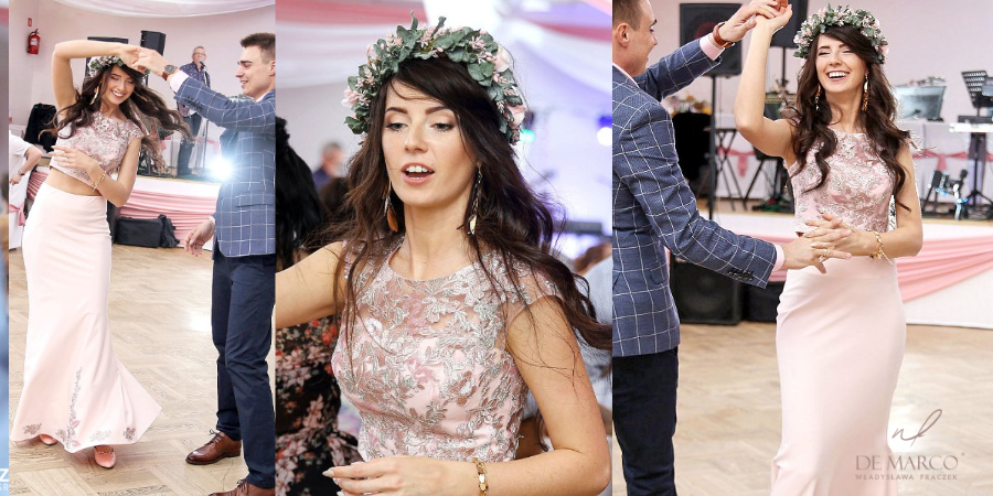 Różowa suknia ślubna szyta na miarę. Salon Mody Ślubnej De Marco we Frydrychowicach.