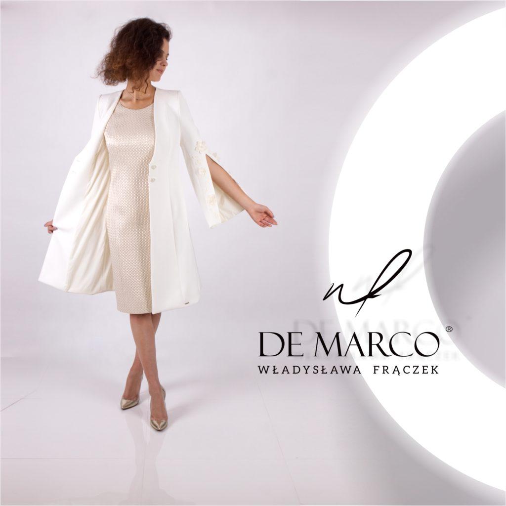 Płaszcz ze złota sukienką dla mamy wesela. Sklep z elegancką odzieżą damską, szytą na miarę.
