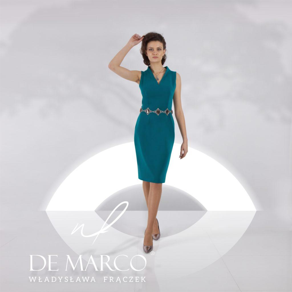 Zielona ołówkowa sukienka na ślub syna. Klasa i styl De Marco. Szycie na miarę sukienki u projektanta.