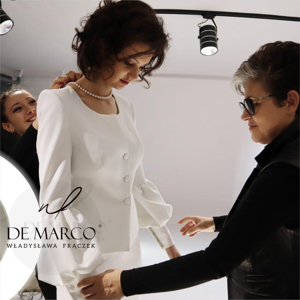 Ekskluzywne garsonki i kostiumy damskie szyte u projektantki z De Marco.