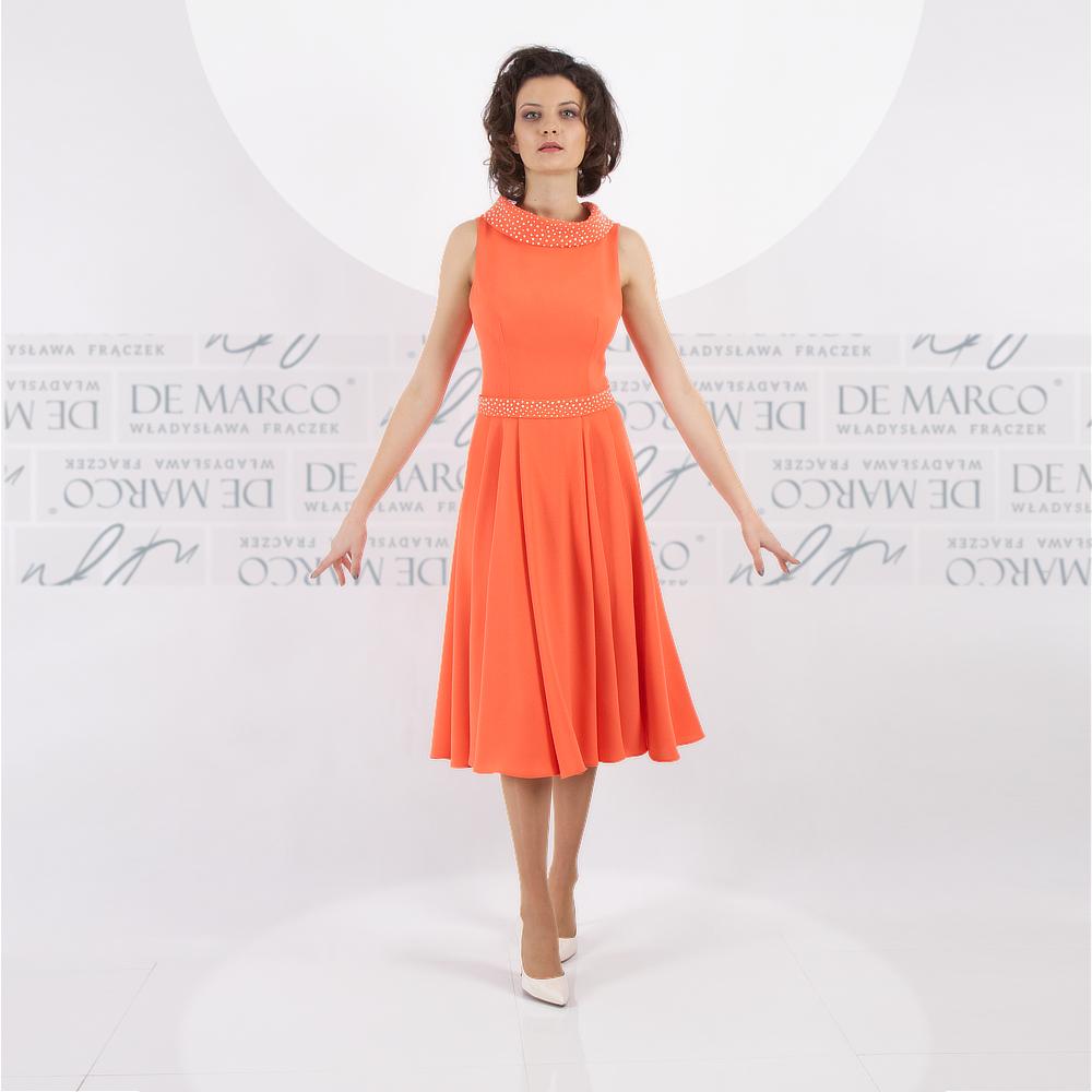 sukienki na wesele w stylu Jackie Kennedy.