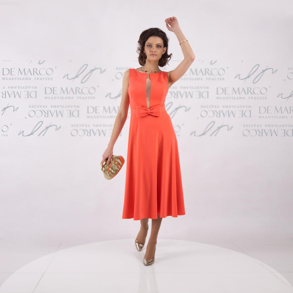 Elegancka sukienka do połowy łydki na ślub syna lub córki. Szycie na miarę w Atelier polskiej projektantki W. Frączek z De Marco