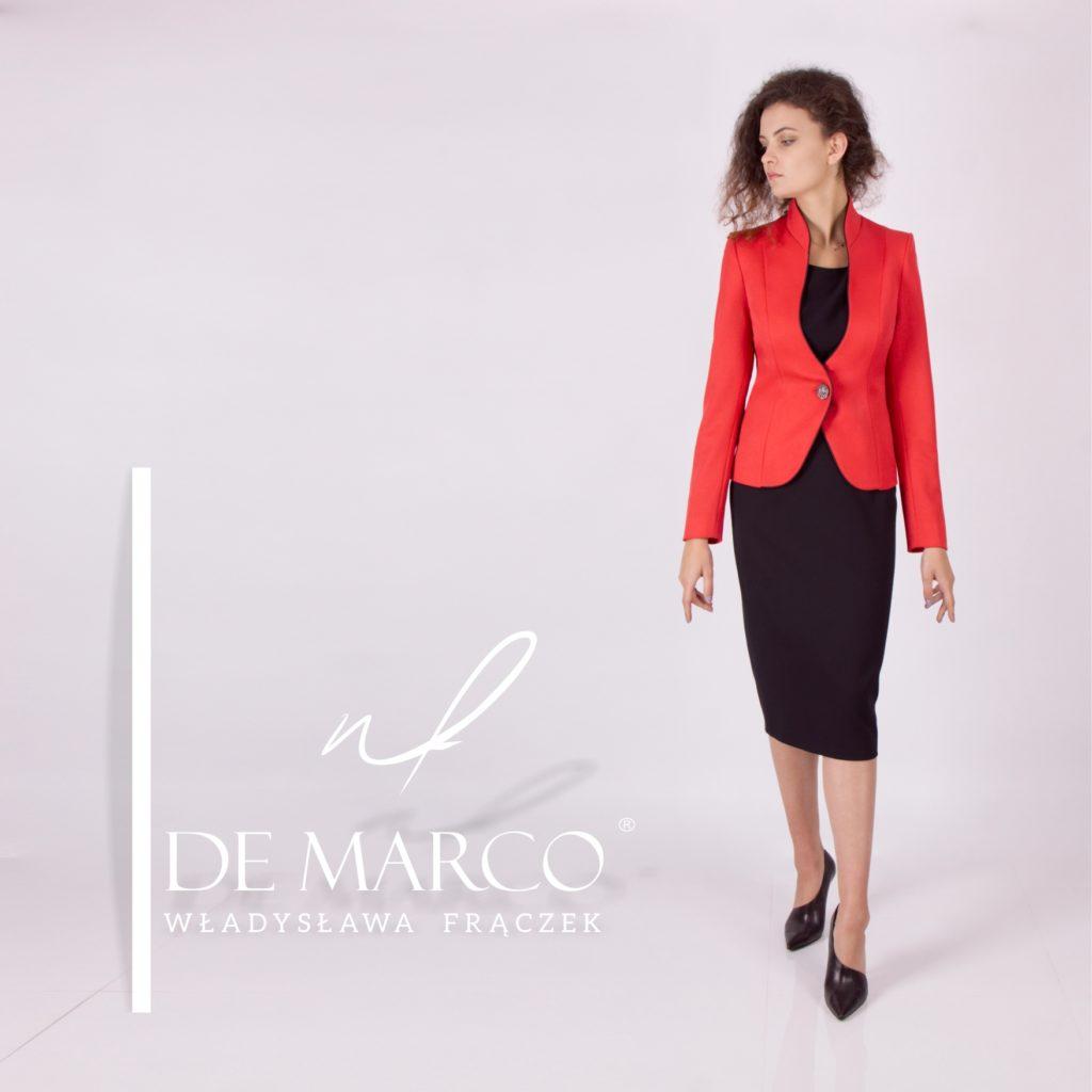 Elegancki czerwony żakiet od projektantki ubrań Agaty Dudy. De Marco prekursorem czerwonych żakietów w mediach. Najczęstszy fason w telewizji.