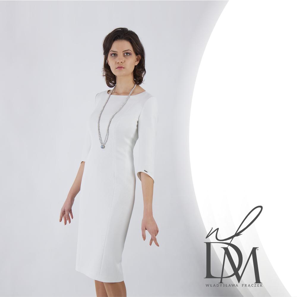 Ponad czasowa klasyczna sukienka do pracy i na wesele